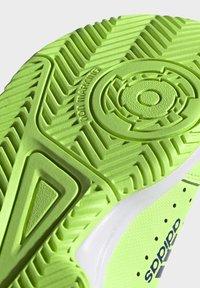 adidas Performance - COURT STABIL UNISEX - Handball shoes - siggnr/royblu/ftwwht - 6