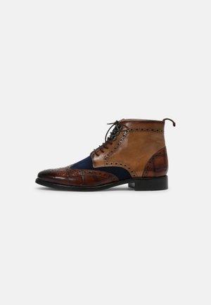 BETTY  - Šněrovací kotníkové boty - multicolour