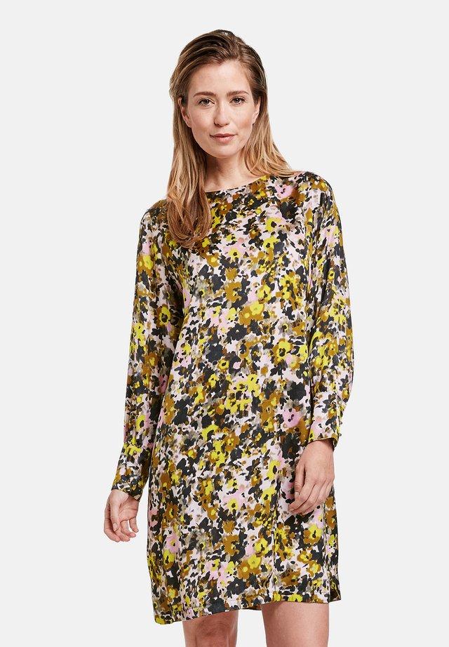 Korte jurk - schilf olive druck