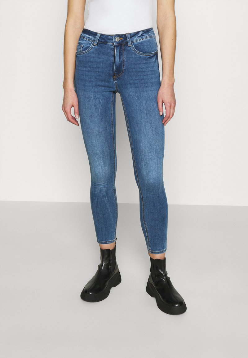 New Look - MIDRISE SUPERSOFT  - Jeans Skinny Fit - mid blue