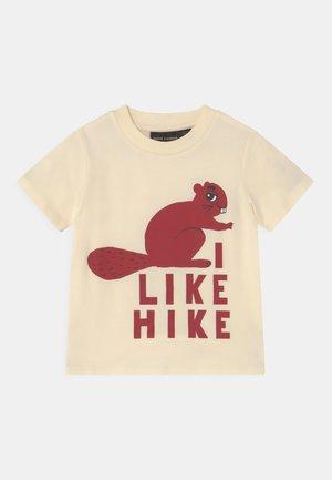 BEAVER HIKE UNISEX - Print T-shirt - off white