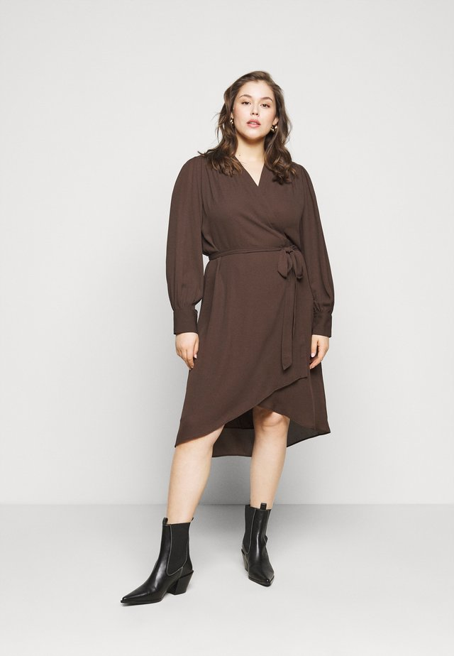 SLFLAVA WRAP DRESS  - Vapaa-ajan mekko - coffee bean