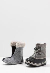 Sorel - YOOT PAC - Winter boots - quarry/dove - 6