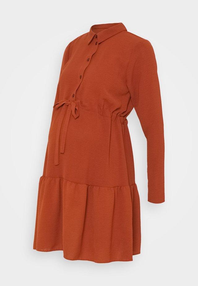 PLAIN DRESS - Shirt dress - rust