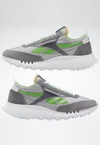 Reebok Classic - CLASSIC LEGACY SHOES - Baskets basses - grey - 6