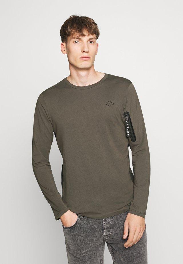 Topper langermet - khaki