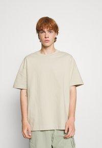 Weekday - OVERSIZED  - T-shirt - bas - beige - 0