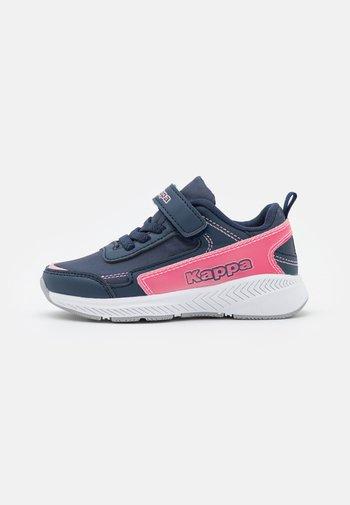NADRA  - Sportschoenen - navy/pink