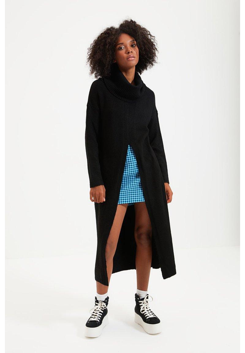 Trendyol - PARENT - Gebreide jurk - black