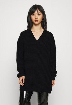 RECYCLED V NECK DRESS - Jumper dress - black