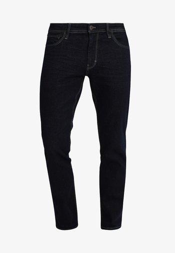 JOSH - Slim fit jeans - clean rinsed blue denim