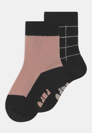 TINY GRID 2 PACK UNISEX - Socks - misty pink