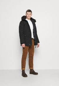 Superdry - ROOKIE - Down coat - black - 1