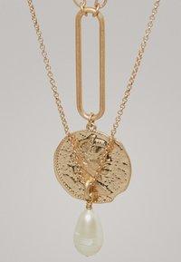 Massimo Dutti - MIT MÜNZE UND PERLE - Necklace - gold - 2