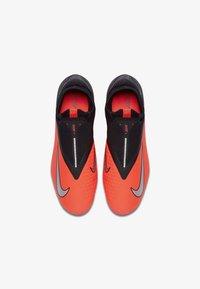 Nike Performance - PHANTOM VISION 2 PRO DF AG-PRO - Moulded stud football boots - laser crimson/black/metallic silver - 1
