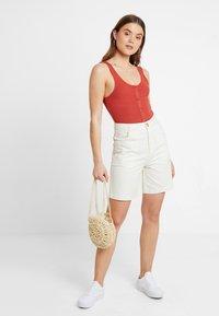 Monki - NAZIR - Denim shorts - offwhite - 1