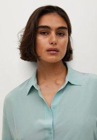 Violeta by Mango - SEDERA - Button-down blouse - wassergrün - 3