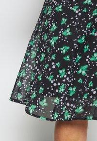 Lost Ink Plus - PRINTED KIMONO WRAP SLEEVE DRESS - Day dress - multi - 5