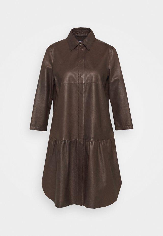 Robe chemise - onyx brown