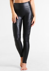 Spanx - MOTO - Leggings - Stockings - very black - 2