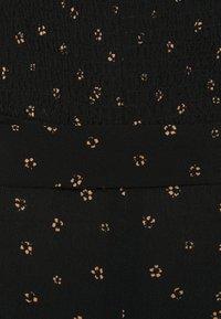 Forever New Curve - HALSEY PUFF SLEEVE MIDI DRESS - Day dress - black - 2