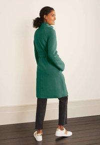 Boden - Down coat - salbeigrün - 2