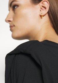 Selected Femme - SLFOLINE PADDED TEE  - Print T-shirt - black - 5