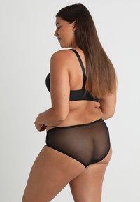Curvy Kate - PRINCESS - Briefs - black - 2