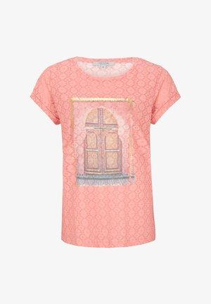 KURZARM - Print T-shirt - light orange place