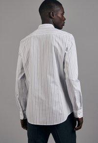Seidensticker - Shirt - schwarz - 1
