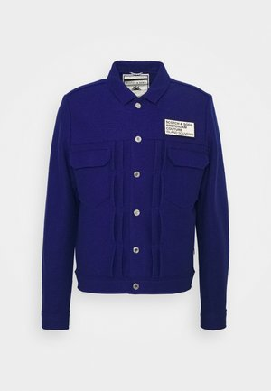 TRUCKER JACKET WITH CHEST BADGE - Leichte Jacke - yinmin blue