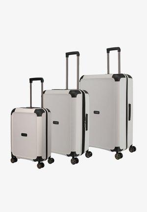 Luggage set - white