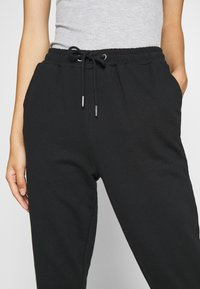Even&Odd - REGULAR FIT JOGGERS - Jogginghose - black - 5