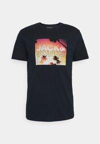 Jack & Jones - JORAZURE TEE CREW NECK - Print T-shirt - navy blazer - 0