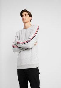 Pier One - Sweatshirt - mottled light grey - 0