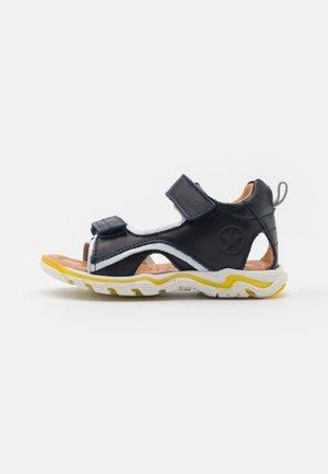 ARTHUR - Chodecké sandály - navy