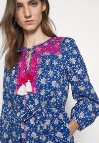 J.CREW - STRAIGHT SKIRT DRESS - Day dress - cerulean/multi - 5