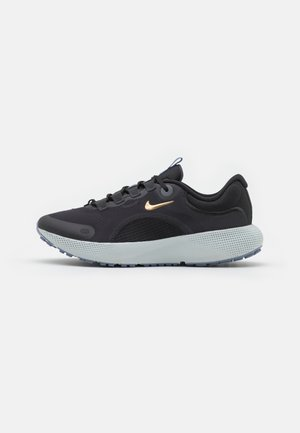 REACT ESCAPE RN - Neutral running shoes - dark smoke grey/metallic gold coin/black/ashen slate/photon dust