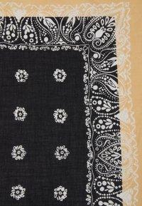 Only & Sons - ONSHENRY BANDANA UNISEX - Šátek - black/beige - 2