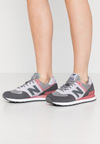 New Balance - WL574 - Zapatillas - purple - 0