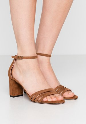 APRIL - Sandals - cognac
