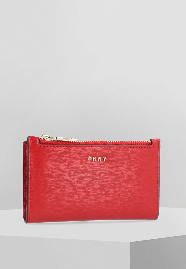 BRYANT BIFOLD CARD HOLDER SUTTON - Wallet - brightred