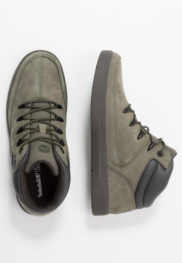 DAVIS SQUARE - High-top trainers - dark green
