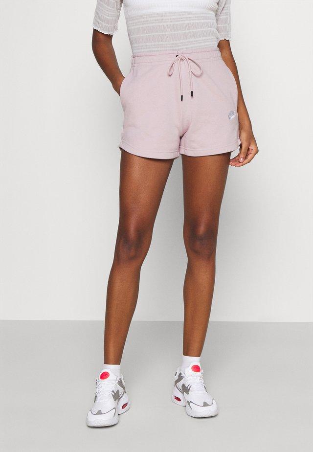Shorts - champagne/white