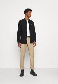 Lacoste - Shirt - noir - 1