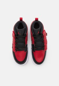 Jordan - 1 MID ALT UNISEX - Basketball shoes - black/gym red/white - 3