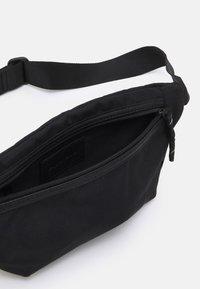 Pier One - UNISEX - Bum bag - black - 2