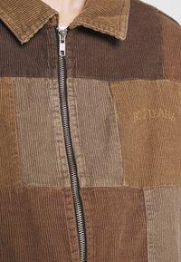 BDG Urban Outfitters - PATCHWORK HARRINGTON  - Summer jacket - brown - 6