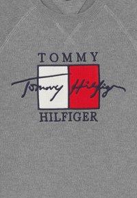 Tommy Hilfiger - SIGNATURE MELANGE - Jumper - grey - 2
