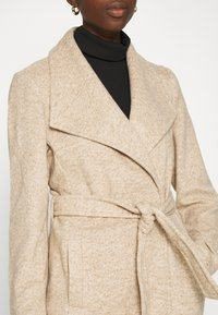 Vero Moda - VMBRUSHEDDORA JACKET - Frakker / klassisk frakker - nude - 5